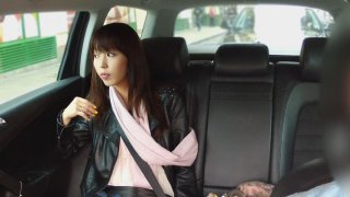 Taxi Driver Eats Out Japanese Pussy Before Fucking Her - Fake Taxi