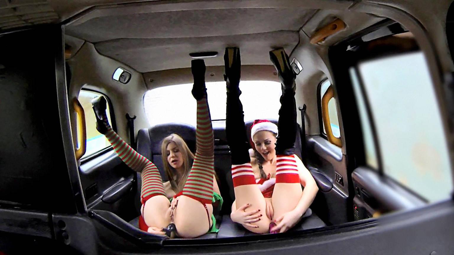 Santas naughty helpers - Fake Taxi