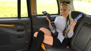 Barbie Sins gets anally stretched - Fake Taxi
