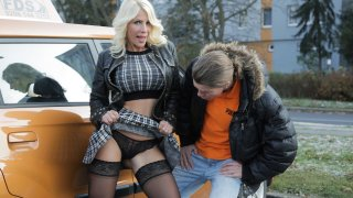 Hot blonde MILF wants her licence - Fake Driving School